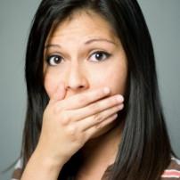 Hoe weet je of je een slechte adem hebt?