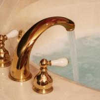 Besparen op warm water