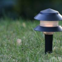 Welke lampen plaats je in de tuin?