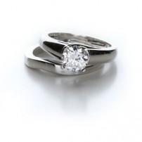 Hoe maak je diamanten en sierstenen schoon?